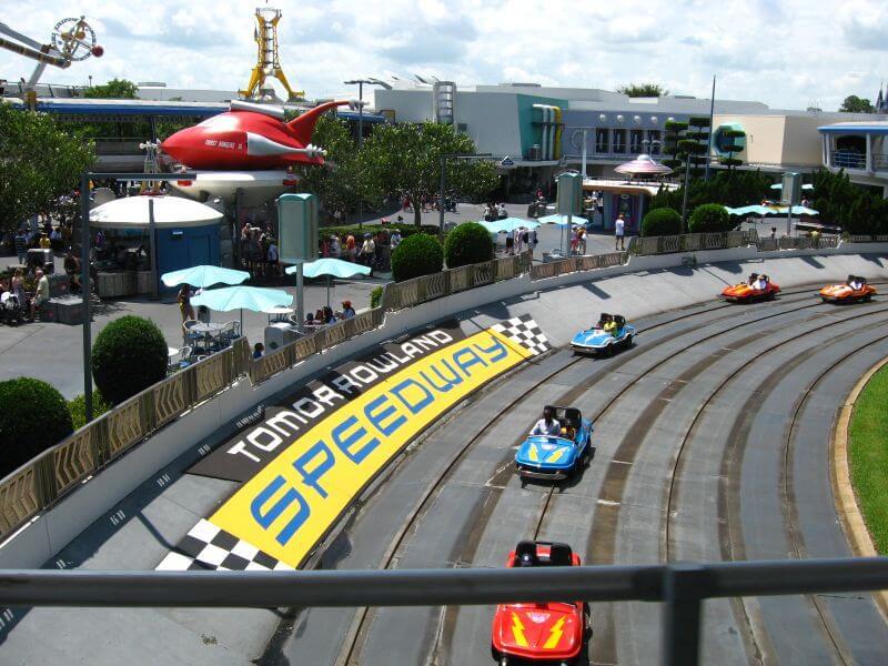 Tomorrowland Indy Speedway no Magic Kingdom