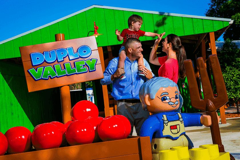 Área Duplo Valley para crianças no parque da Lego em Orlando