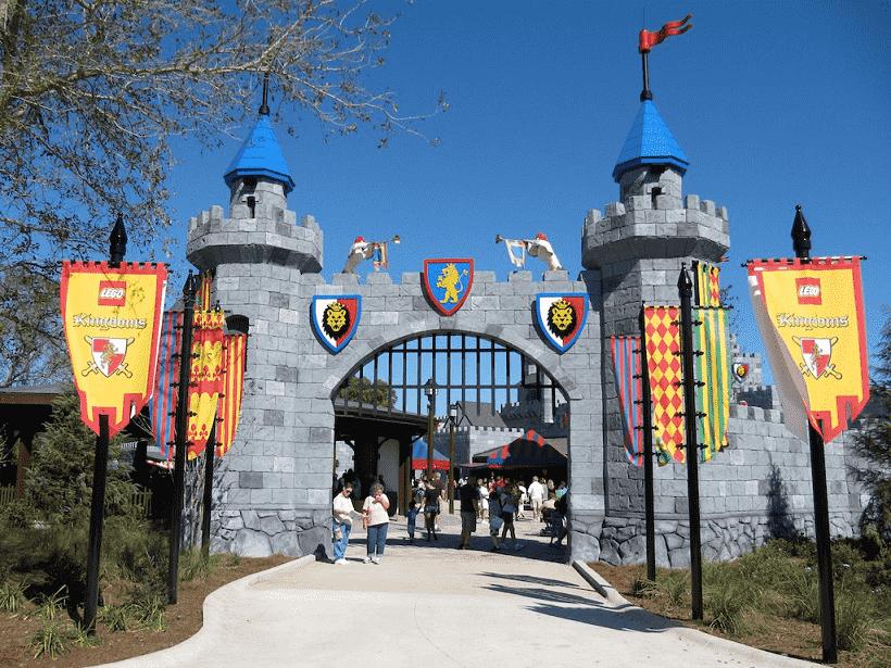 Area Lego Kingdoms no parque Legoland