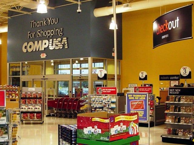 CompUSA | A tradicional loja de eletrônicos em Miami e Orlando