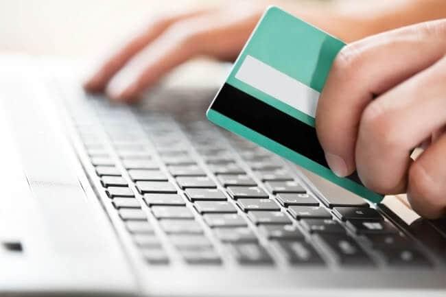 Pagar pela internet: Seguro viagem é obrigatório para os Estados Unidos? Todas as dicas.