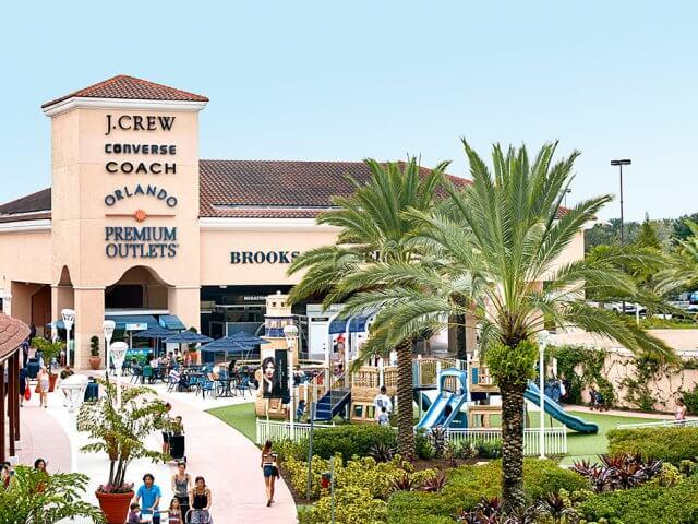 Transporte grátis de ida e volta do seu hotel para os Outlets Premium de Orlando