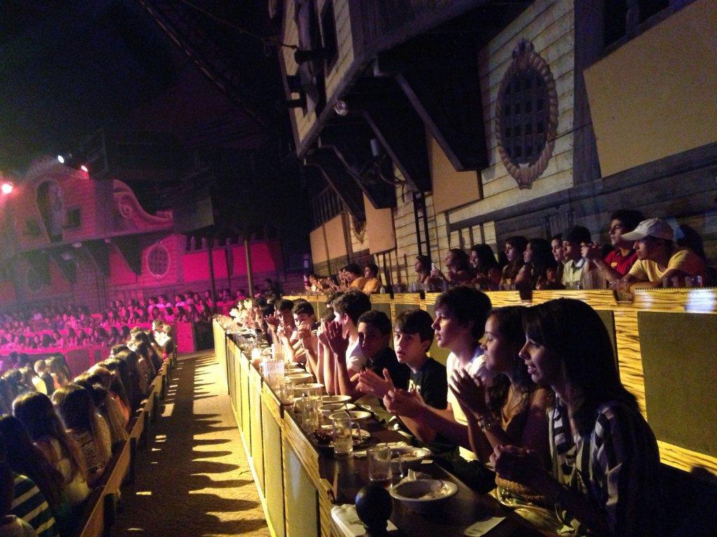 Jantar e show Pirates Dinner Show em Orlando