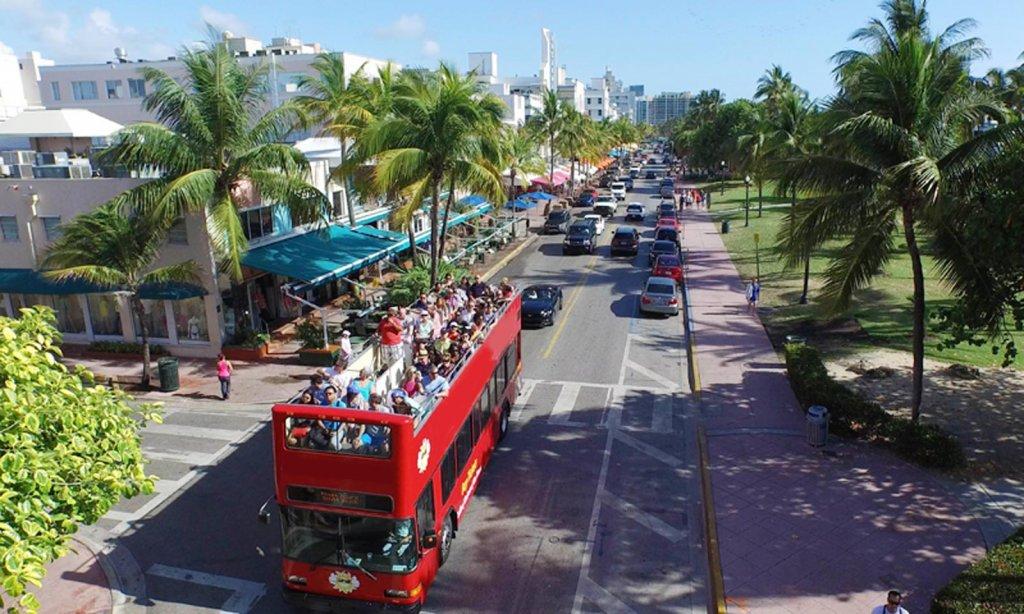 Ônibus de passeio por Miami